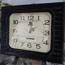 古早時鐘 有整修過 痕跡