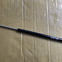 懶寶奸尼 福特 FOCUS 年份13-18 MK3 3.5 五門款 後蓋撐桿 後蓋頂桿 後箱蓋頂桿 後廂蓋撐桿