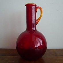 紅寶石色玻璃壺