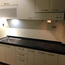 名雅歐化廚具220公分大陸石檯面+下櫃F1木心桶身+上櫃F1木心桶身+四面美耐門板+喜特麗二機+櫻花一機