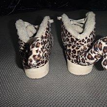~保證真品蠻優的 Adidas x Jeremy Scott豹紋尾巴運動鞋款US8號~便宜起標底價標多少賣多少