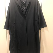 Giordano ladies 黑色西裝領 over size 彈性八分袖 寬版薄料長風衣