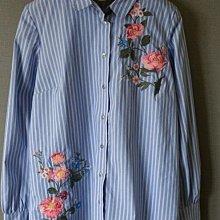 全新 西班牙品牌 stradivarius 排扣 刺繡花朵 造型上衣 襯衫