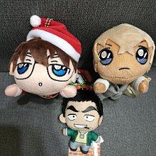 正版授權,日本SEGA限定景品--[名偵探柯南]柯南(耶誕造型)+安室透+伊達航小型絨毛娃娃附掛鍊,三隻一組不分售