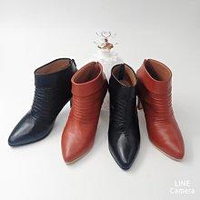 ♀️女:MIT精品真皮手工-時尚抓皺感翻領高跟踝靴、抓皺感真皮踝靴、翻領高跟短靴、手工全真皮短靴、尖頭柔軟乳膠短靴