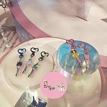 現貨~日本環球影城期間限定 美少女戰士  鑰匙圈/扣環5入、磁鐡5入?朵朵醬代購?