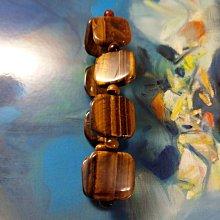 【開運如意閣】K396-1金虎眼石手鍊~手排約2.1*2mm*8片手圍約18公分-天然虎眼石都有礦眼非破損~領導統御