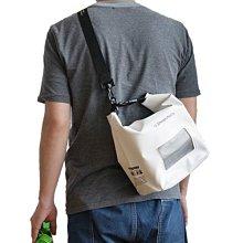 日本Stream Trail 戶外防水包新版Dry Cube 5L方底圓桶包浪花白Splash側揹.手提兩用.休閒游泳