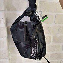 「i」【現貨】極度乾燥 Superdry 黑迷彩 小包 隨身包 腰包 側肩背包