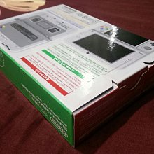 New 3DSLL 超級任天堂造型主機+副廠充電器+保護貼 (全新外拆)