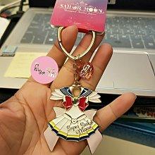 現貨~日本環球影城期間限定 美少女戰士 月光仙子鑰匙圈、票化粧包//收納包、手提袋/側背包?朵朵醬代購?(價