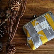 MH 日本雜貨 日本製 斑馬 長頸鹿 可愛 動物 圖案 珠釦 口金 零錢 信用卡 悠遊卡 ok( 長頸鹿 )