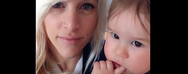 Canadian singer Sarah Blackwood, crying son booted from plane