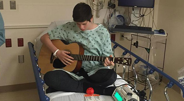 Teen wakes up with new heart
