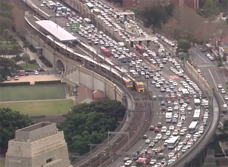 Traffic was backed up for kilometres and police advised motorists to avoid the area. Photo: 7 News