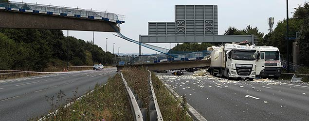 M20 bridge collapse (PA)