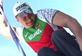 Bielorusso supera lesão para lançar dardos