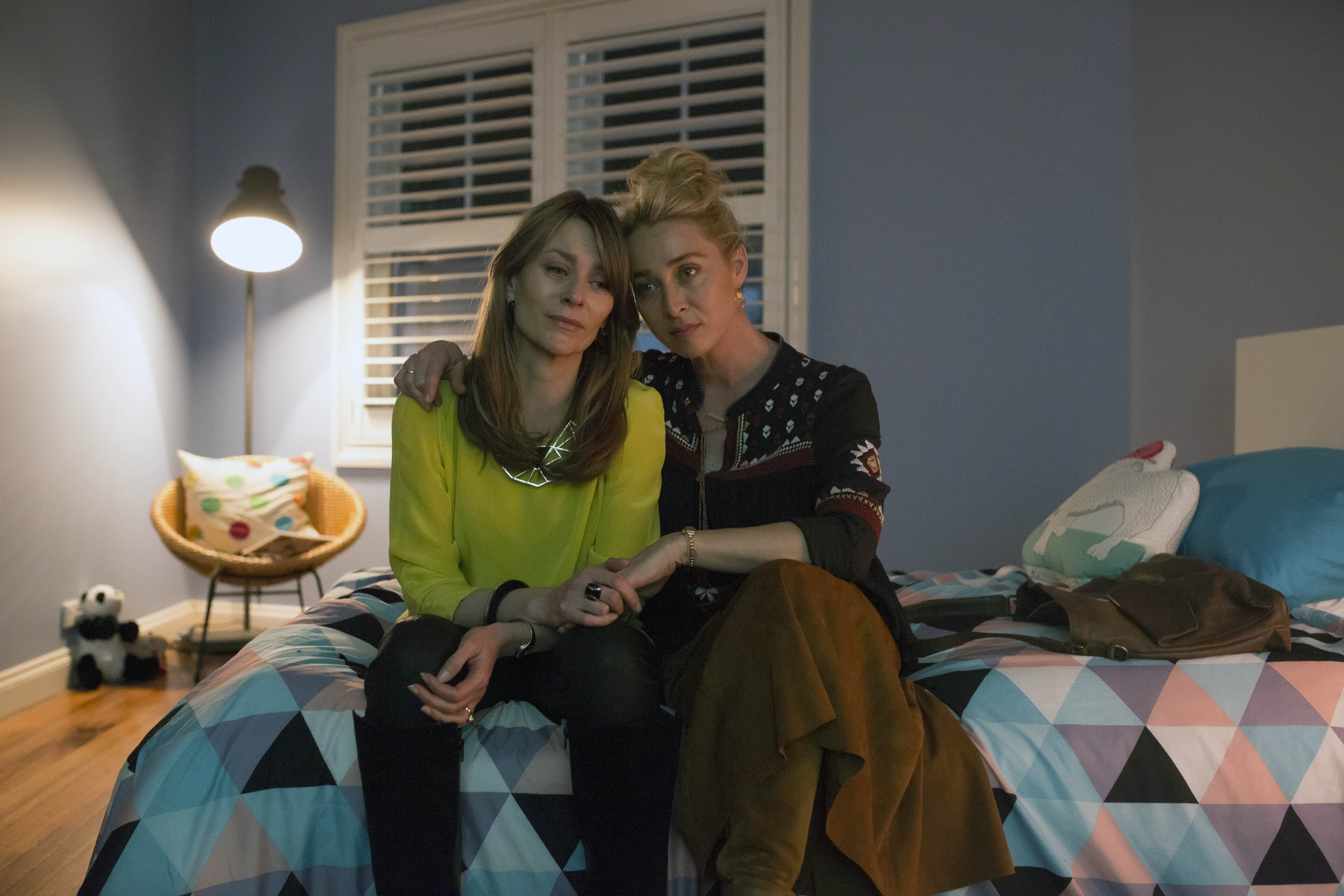 Offspring recap season 6 episode 9 yahoo7 for Living together in empty room ep 10