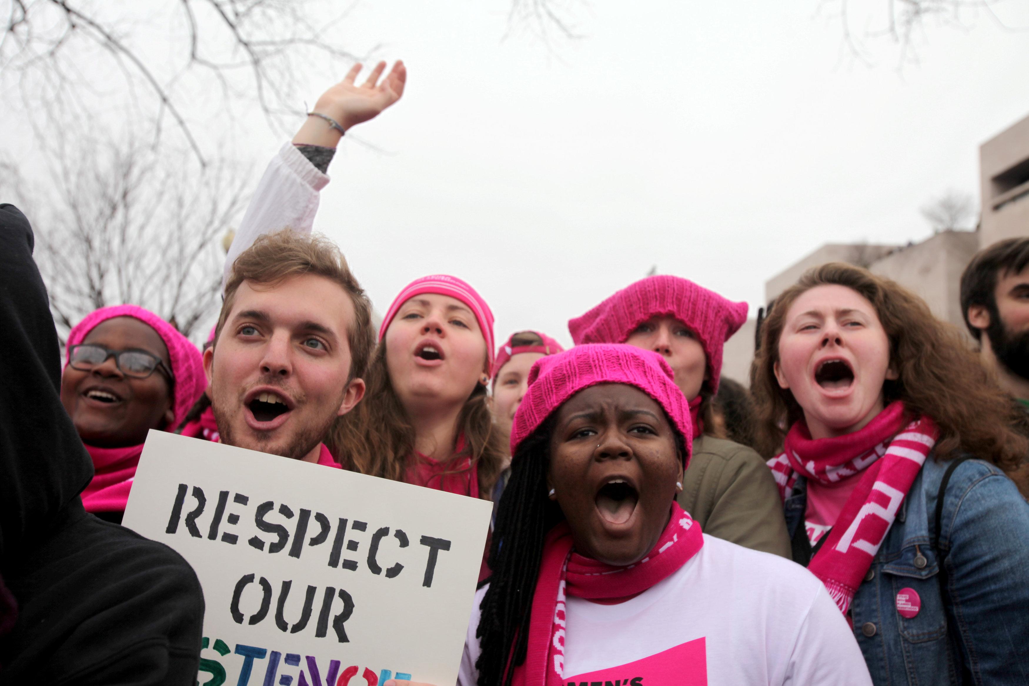 Trump contesta a las protestas por Twitter
