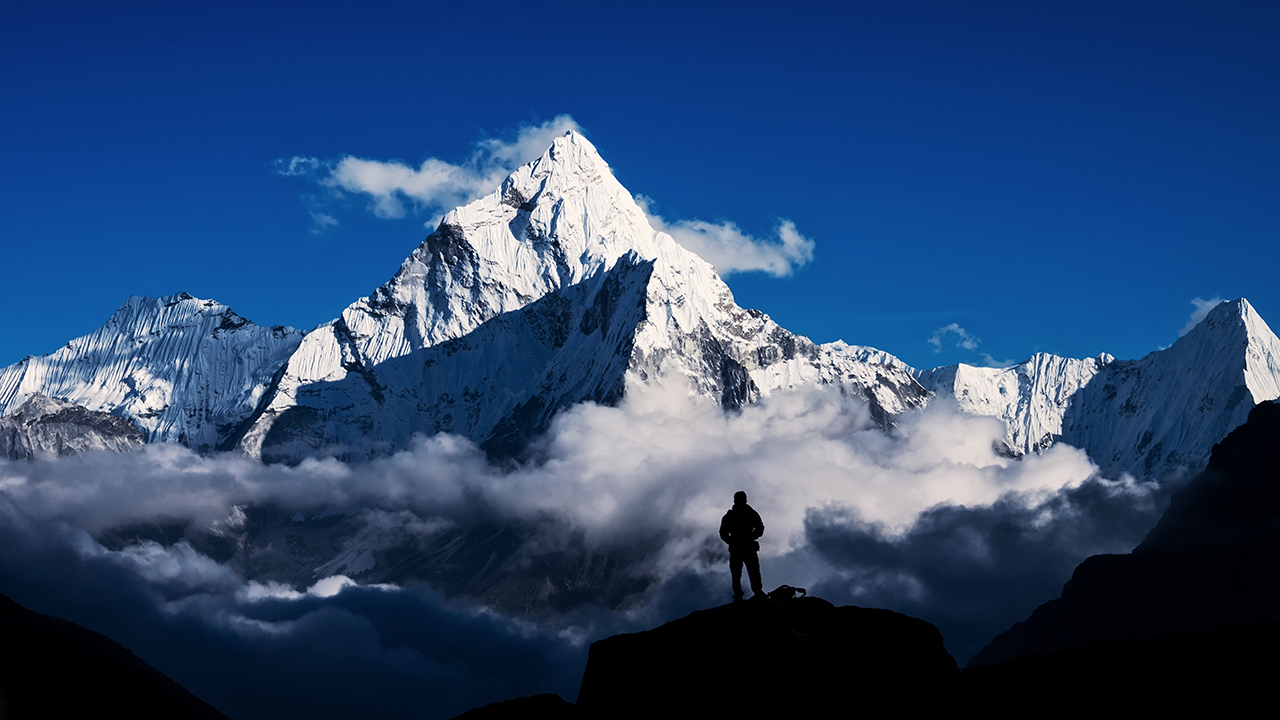 Aussie dies at Mt Everest base camp