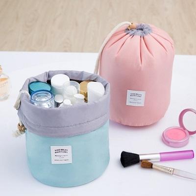 韓版化妝包。 AngelNaNa  大容量 防震  圓筒 束口袋 旅行收納包 (SBA0200)