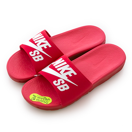 Nike 耐吉 BENASSI SOLARSOFT SB  運動拖鞋 840067601 男 舒適 運動 休閒 新款 流行 經典