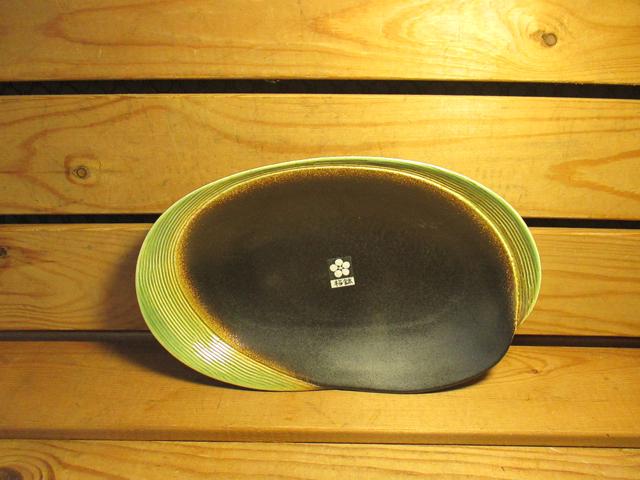 佐和陶瓷餐具~XL050318-6黑織布10吋變形皿-日本製餐廳擺盤魚盤肉盤菜盤