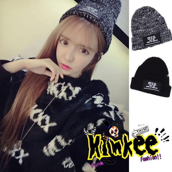 *╮Kinkee╭*韓國街頭款-標籤黑白混色粗繩感 針織 百搭 毛線帽-兩色【Z0443】