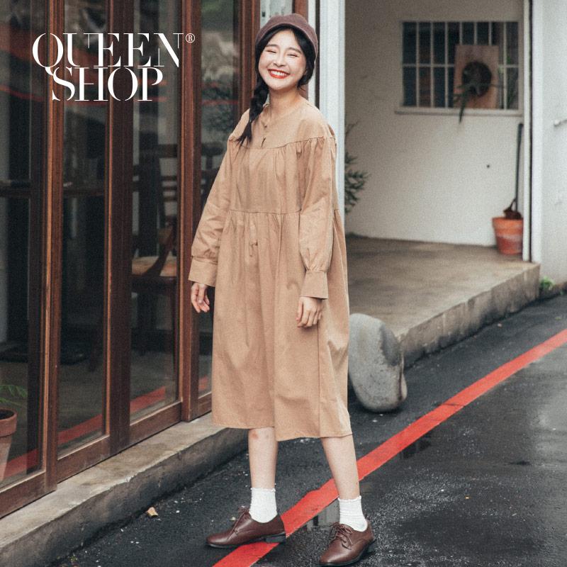 Queen Shop【01084784】鈕扣設計娃娃杏色洋裝 *現+預*