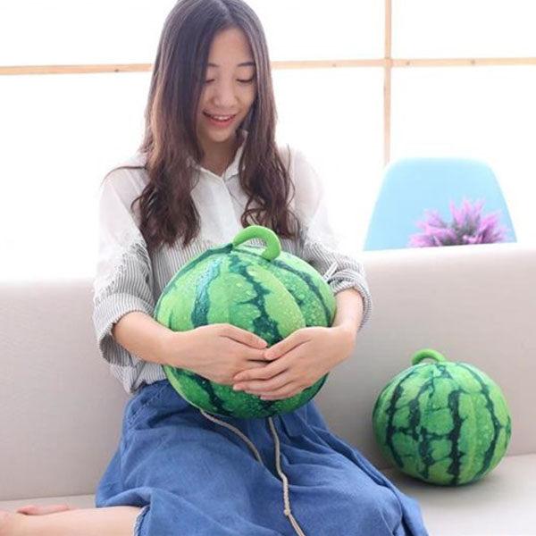 23公分西瓜抱枕仿真水果抱枕西瓜立體水果抱枕枕頭生日禮物