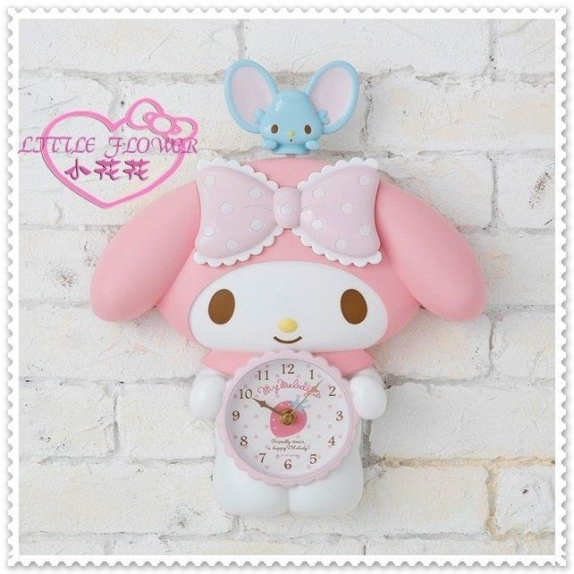 小花花日本精品Hello Kitty美樂蒂造型壁掛鐘搖擺掛鐘時鐘小老鼠弗蘭多22017604
