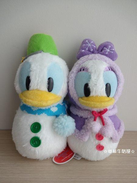 ☆草莓牛奶屋☆日本進口東京迪士尼【聖誕節限定】唐老鴨&黛西雪人絨毛玩偶組