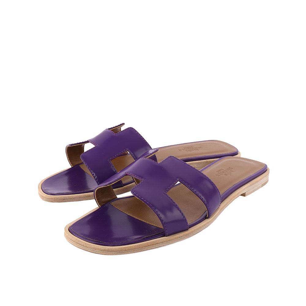 HERMES ORAN滑面牛皮H logo平底涼拖鞋37紫色HE51030025