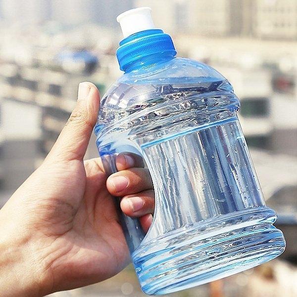 【杯具人生任選62折】【BlueCat】KING SIZE卡打車擠壓運動瓶/手提隨身杯/水杯/水壺(1000ml)