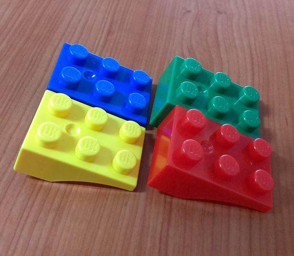 【台灣製我高OK積木】大顆粒 反斜板 / 屋簷 / 翅膀 積木塊(4入)