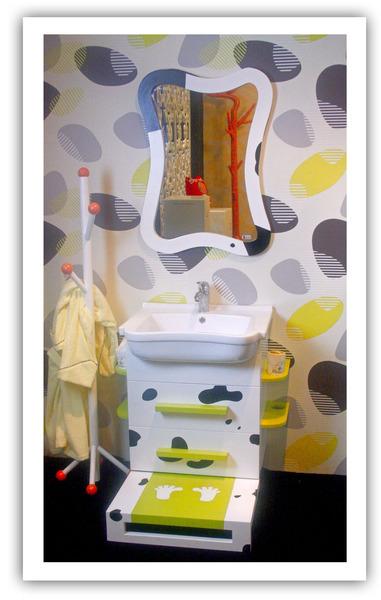 【麗室衛浴】國產超Q 乳牛斑點 小朋友浴櫃 含墊高墊板 目錄
