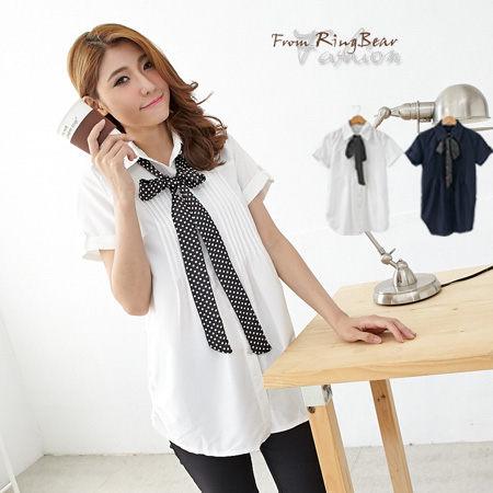 長版襯衫--青春洋溢點點領結胸前壓摺反折短袖長版襯衫(白.藍S-3L)-H123眼圈熊中大尺碼