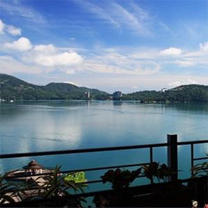 日月潭映涵渡假飯店藍月雙人房住宿早餐下午茶遊湖