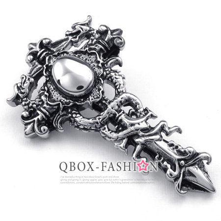 《 QBOX 》FASHION 飾品【W10022853】精緻個性雙龍十字架鑄造316L鈦鋼墬子項鍊(精緻好看)