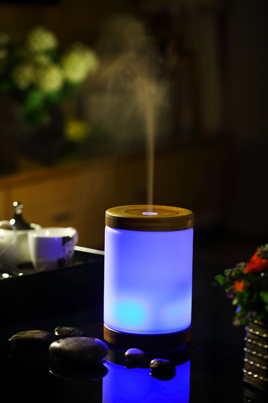 karoli竹子香氛水氧機送10ml精油玫瑰薰衣草