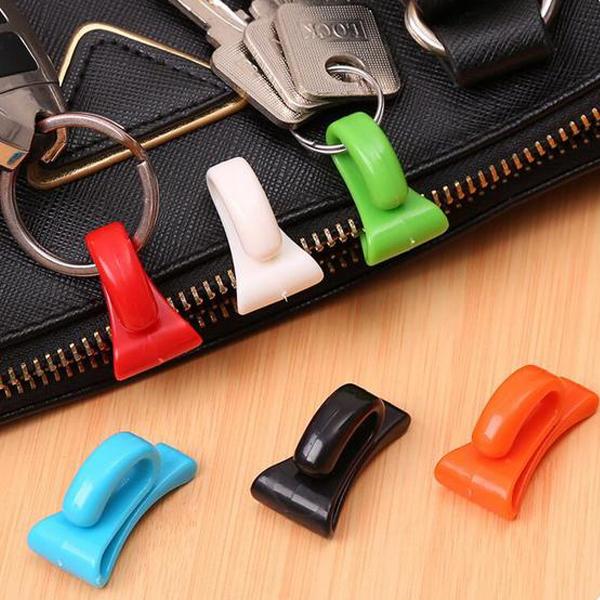 創意小物 防丟包包內掛鉤/內置鑰匙夾(2入)【小三美日】顏色隨機出貨