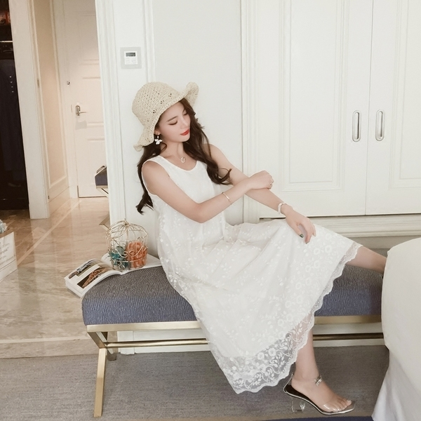 超豐國際夏季立體刺繡花朵白色蕾絲連衣裙背心裙長裙1入