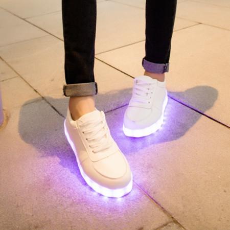 秋季小白鞋熒光情侶夜光板鞋男女充電七彩燈發光鞋學生運動鞋單鞋