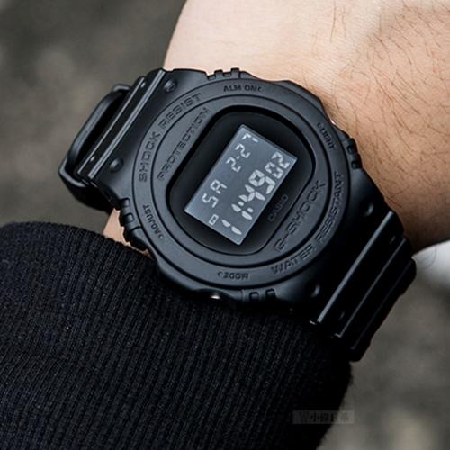 G-SHOCK DW-5750E-1B 經典復刻潮流腕錶 DW-5750E-1BDR