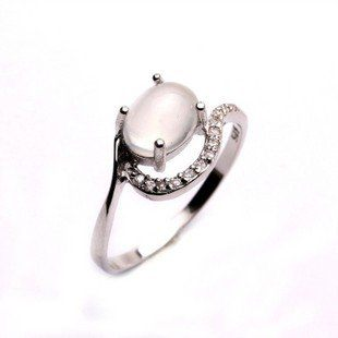 天然月光石戒指