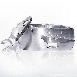 比翼雙飛蝶白鋼戒指↘99元