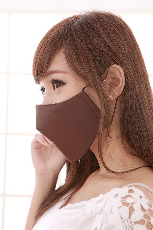 【雨晴牌-超防霧抗UV防水專利口罩】(簡易型) ◎成人-咖啡色◎100%防豪雨 99%抗UV 透氣舒適好戴
