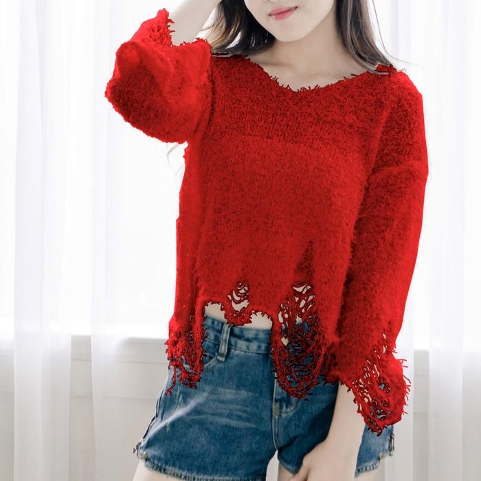 寬鬆破洞圓領長袖短款毛衣 (白 紅 綠 )三色 11612009