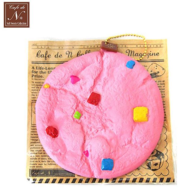 草莓款日本進口手工餅乾捏捏吊飾吊飾捏捏樂軟軟CAFE DE N SQUISHY 616333
