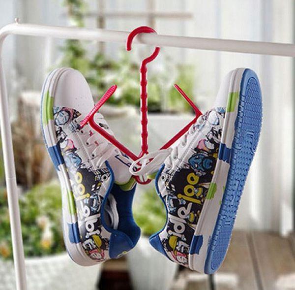實用多功能曬鞋架可折疊活動式曬鞋掛勾  懸掛式鞋架【省錢博士】